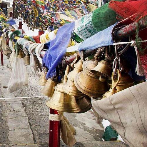 Ladakh Prayerbells Khardungla PrayerFlags Khardunglatop Khardunglapass Temple Peace Photography Photooftheday Gagansamtaniphotography