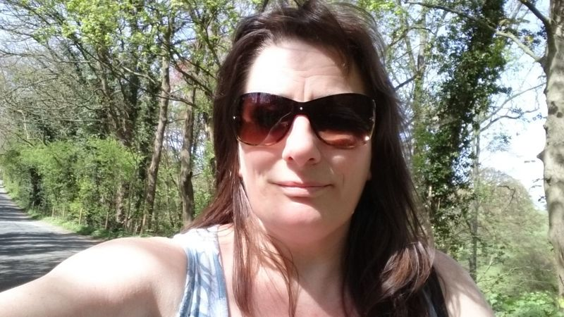 That's Me Taking Photos Selfie ✌ Selfie Portrait Enjoying Life Outdoors Unedited Happy :) Happy People Of EyeEm People Photography Enjoying The Sun Enjoying Life ♥ Relaxing
