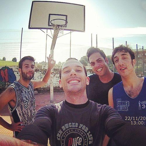Basket Streetbasketball Friends Eyecamsport unghiechesigiranoesirigiranocomesenientefosse