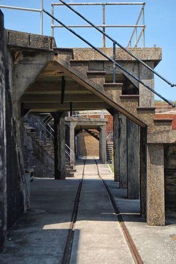 Architecture Building Exterior Built Structure Outdoors Railing Steps Vanishing Point