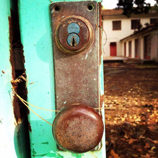Buildings California Campus Close-up Deterioration Door Handle Door Lock Gate Green No People Old Outdoors Rust Rusty Camarillo