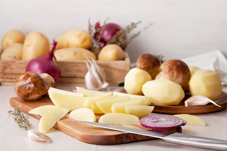 Cooking Close-up Cutting Board Day Food Food And Drink Freshness Garlic Healthy Eating Indoors  Kitchen No People Onion Potatoes Table Variation