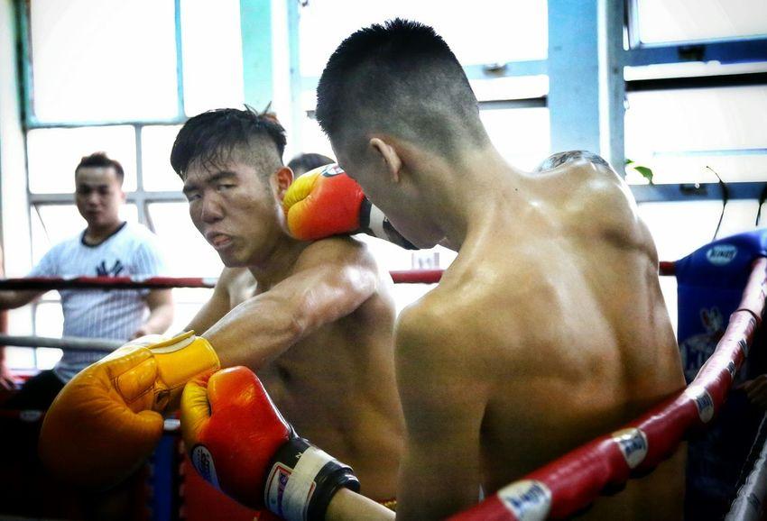 全力反擊 Light And Shadow Billy Gym's, Inter- Gym's Thai Boxing HKMTA MAUY THAI Alternative Fitness Portrait Photography Hong Kong Things I Like