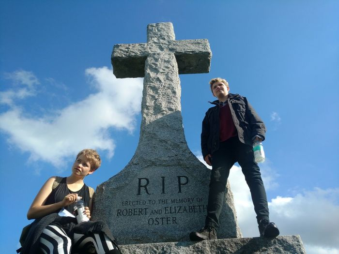 Cross Dramatic Angles History Memories Monument Perspective Sky And Clouds Stone - Object