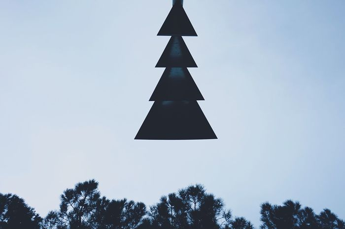 Showcase: December Dialogue in the sky Christmas Tree Christmastree Christmas Is Coming Tree Pinetrees Skyscape Minimalism Minimalism Photography Minimal Minimalobsession Negative Space Beauty In Ordinary Things Street Lamp Geometric Shapes Geometric Urban Geometry Geometry Geometric Design December Waiting For Christmas Open Edit Simplicity Deceptively Simple Simple Beauty