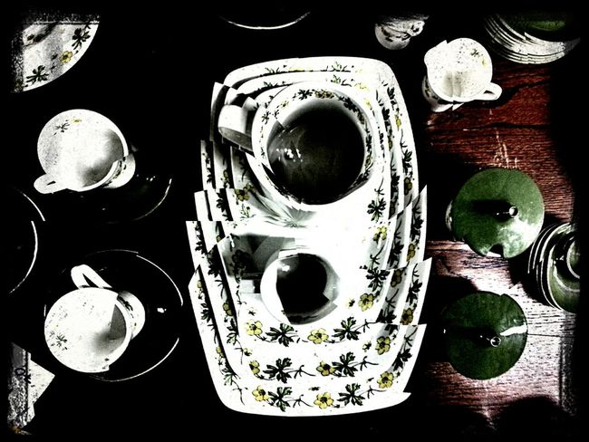 Tea time with the Mad Hatter.... Vintage Shopping Distortions