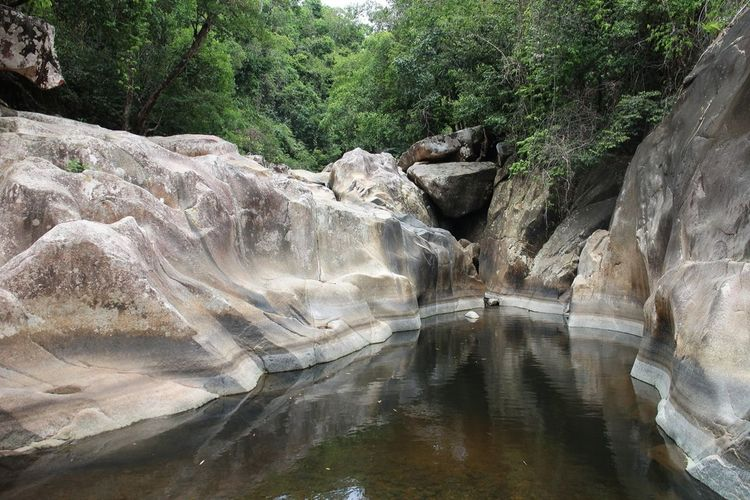 The Places I've Been Today Vietnam Stone Rocks Waterfall Relaxing Excursion Everyday Joy Landscape фотографвьетнам