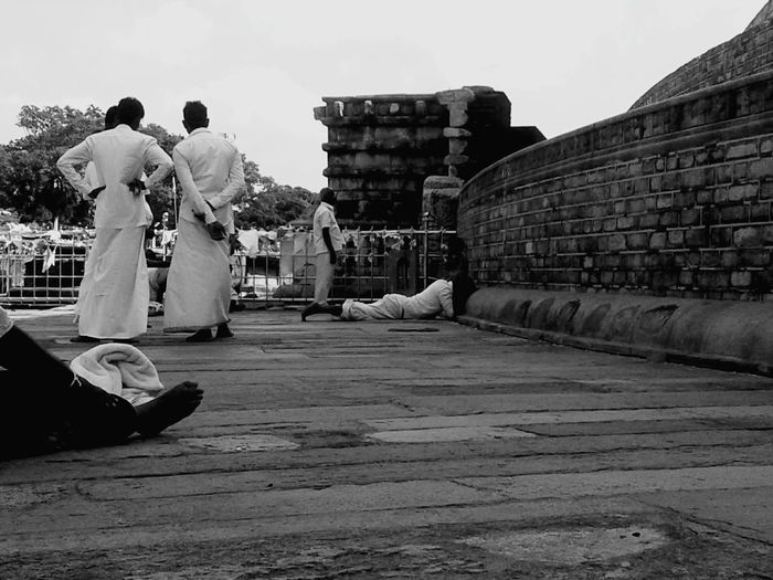 "Worshiping the Great Stupa "" Ruwanwelisaya Sri Lanka Sri Lankan Visit Sri Lanka Stupa I Love Sri Lanka Feel The Journey Beautiful Sri Lanka Buddism EyeEm Best Shots - Black + White"