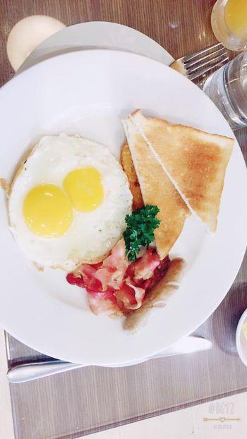 Enjoining American breakfast Yumyum( ˙༥˙ )
