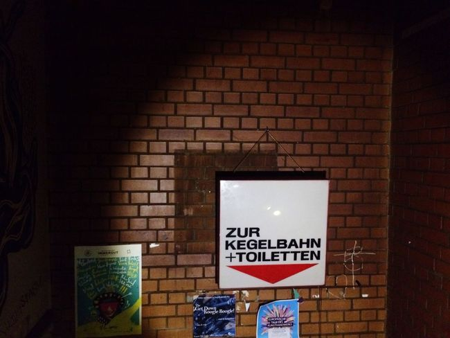 Text Information Sign Communication Brick Wall No People Indoors  Day Kegeln