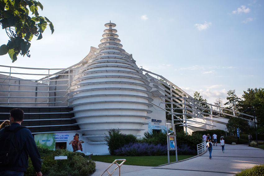 Futuroscope Futuroscope Theme Park Futuroscope Theme Park | Poitiers - France Futuroscope2017 Leisure Park Architecture Building Exterior Built Structure City Day Large Group Of People Leisure Activity Men Nature Outdoors People Place Of Worship Real People Religion Sky Spirituality Togetherness Travel Destinations Tree Women