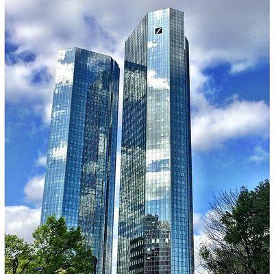 Sky Skyline Frankfurt Frakfurtcity Frankfurtlovers Bank Tumblr Lomoblog Iphonography