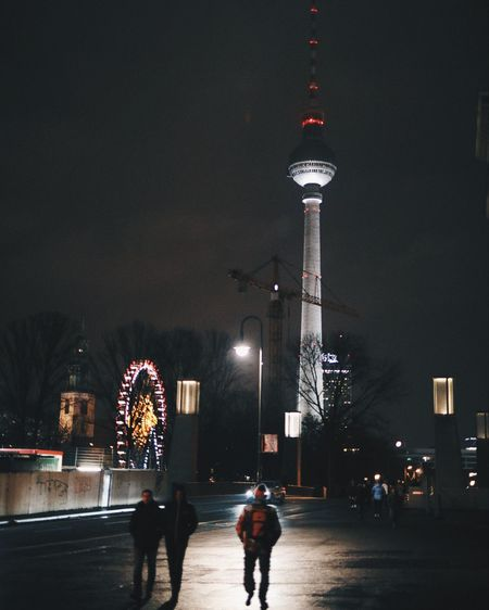 Fernsehturm Berlin Eyeem Berlin EyeEm Best Edits EyeEmBestPics EyeEm Selects EyeEm Gallery EyeEm Best Shots Berlin Nightphotography Night Architecture Illuminated City Built Structure Building Exterior Outdoors Travel Destinations Sky Modern
