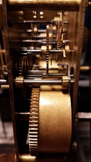 Gears Gear Clock Clock Gears Old Oldclock Close Up Technology