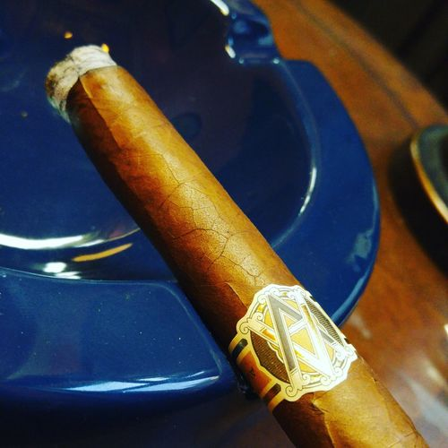 Cellphone Photography Cigars Cigarsociety Cigarlover Lounge Cigarphotography