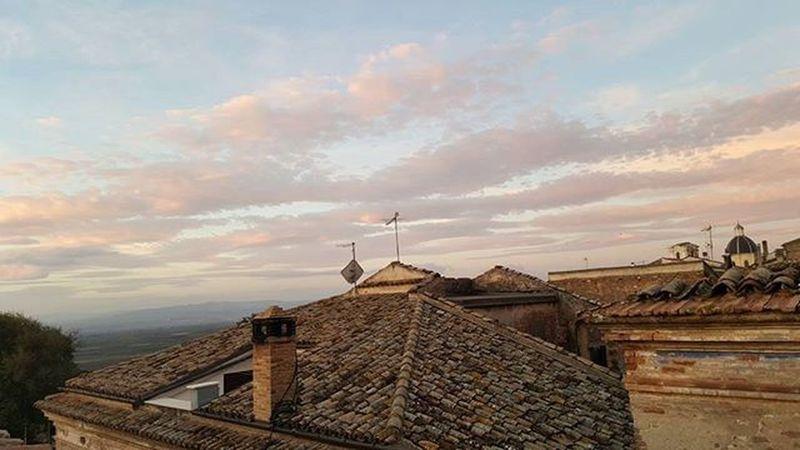 Landscape and church playing.. Goodmorning Sunrise Buongiorno Clouds Cloudy Church Sky Loves_puglia Lovespuglia Volgofoggia Volgopuglia