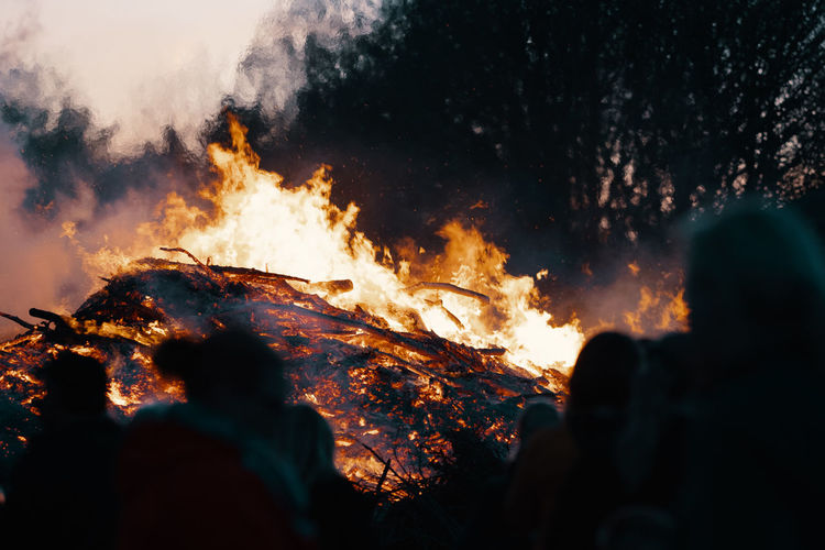 BONFIRE Bonfire Bonfire Night Bonfires Easter Fire Easter Burning Fire Fire - Natural Phenomenon Flame Heat - Temperature Nature Smoke - Physical Structure Night Silhouette Glowing Motion Forest Fire Environment Outdoors Accidents And Disasters Communication Mountain Land No People