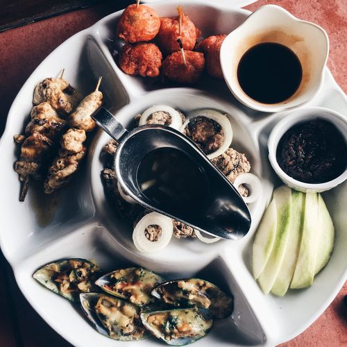 Best of All Worlds. Food And Drink Food Foodie Breakfast Plate Lunch Dinner Snack Date Serving Size Ready-to-eat Meal No People Indulgence Seafood Eggs Beef Fruits Green Mango Shrimp Paste