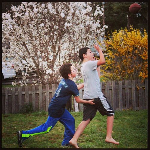 """Tristan getting a little """"cheeky"""".. I'm pretty sure that is a foul. Beastieboys Checkedhisoil Personalfoul Ilovebeingadad"""