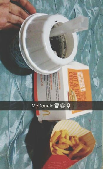 McDonald yummy hungryy 😂 Likeforlike Follow #f4f #followme #TagsForLikes #TFLers #followforfollow #follow4follow #teamfollowback #followher #followbackteam #followh Ineedfollowers Followback Followme Food♡ McDonalds Chillin  Yummy😍