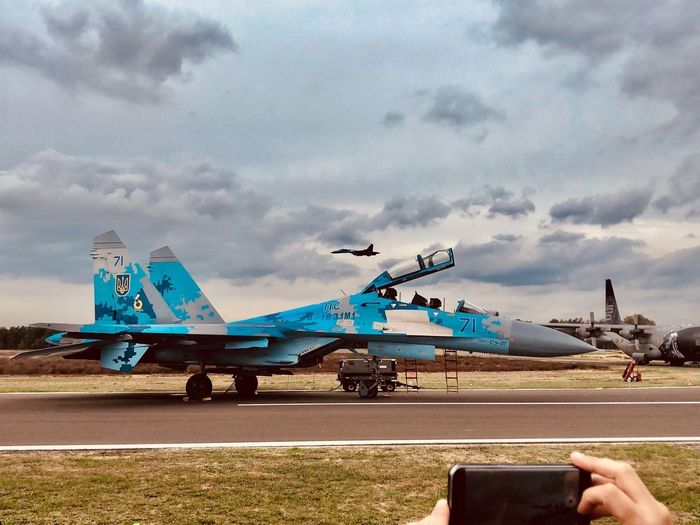 Su-27 Flanker Su-27 Flanker Air Vehicle Transportation Mode Of Transportation Sky Airplane Cloud - Sky Airport