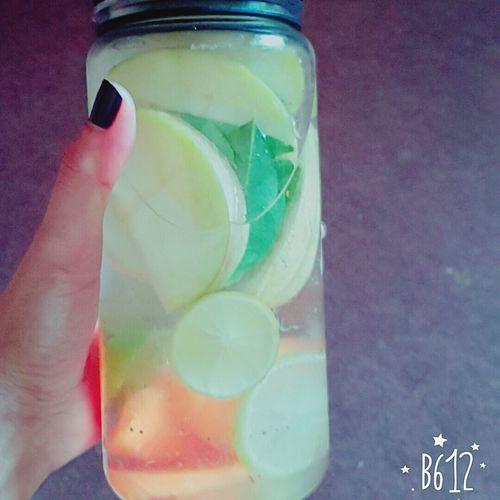 My detox Detoxwater Apple Lime Green Skin Healthydrink