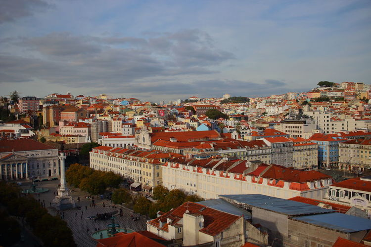 EyeEm City Lover EyeEm City Shots Lisbon - Portugal Lissabon, Portugal Elevador De Santa Justa Lisbon Building Exterior Architecture Built Structure City Building Sky Residential District Cloud - Sky Cityscape Nature Roof Crowd Town Crowded High Angle View Day Outdoors House Community TOWNSCAPE