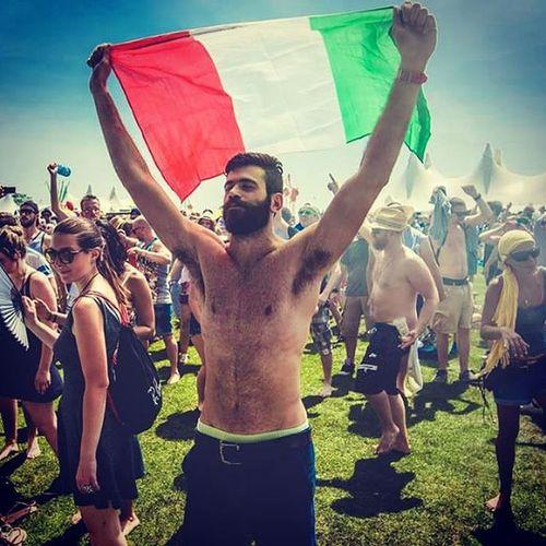 Italy at Love Family Park... Lovefamilypark  Lfp2015 LFP Mainz Frankfurt Francoforte Germany Italian ItalianFlag Tricolore Italianboy