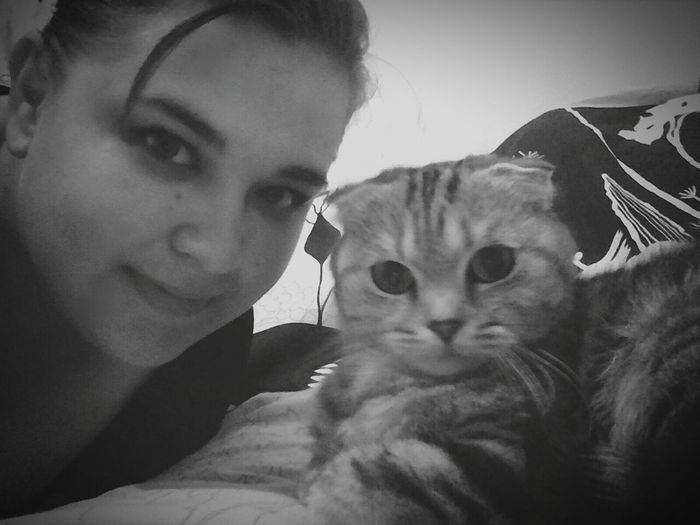 Я и моя любимая кошка)