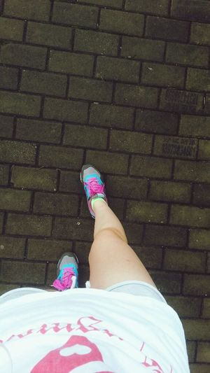 running,running Hello World