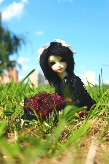 Walking with Ariel 😊 Doll Photography Walking Around People Watching EyeEm Nature Lover By Ctrayfi EyeEm Best Edits The Great Outdoors - 2015 EyeEm Awards Photography Secret Places Fashion&love&beauty