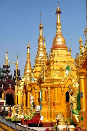 Shwedagon Pagoda is one of the oldest Buddhist pagoda in capital city of Yangon, Myanmar. Its golden and white stucture, standing 99m tall is something you can't miss when you are in Yangon city Buddhist Budhhism Historical Monuments Historical Sights Shwedagon Pagoda Travel Yangon Architecture Day Golden Pagoda Great Dragon Pagoda Historical Place Myanmar Outdoors Place Of Worship Religion Shwedagon Shwedagonpagoda Sky Streetphotography Travel Asia Travel Destinations White Temple EyeEmNewHere EyeEm Ready