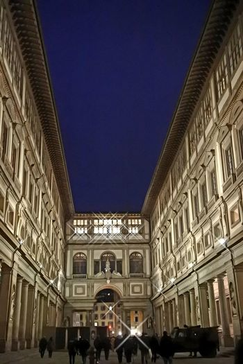 Galleria Degli Uffizi Florence By Night Perspective Italy Architecture And Art Shine Real People Firenze Walking Around Vacations Nikon Photography City Men History Architecture Building Exterior Built Structure Palace Visiting Arch Museum Arcade Historic Past Capture Tomorrow The Art Of Street Photography