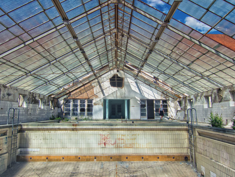 Abandoned Deterioration 1920s Interior Light Pastel Power Berlin Broken Sanatorium Weathered Damaged Roof Glass Hospital Architecture Abandoned Places Hohenlychen Run-down Decay Pool Ceiling Ruin