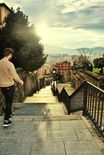Bilbao Bilboa Stairs Sunshine Jacobsweg Casco Viejo De Bilbao - Guitarrista