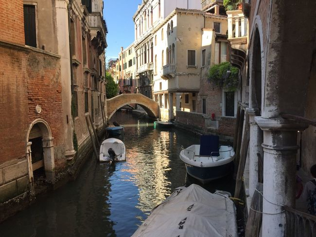 Architecture Building Exterior Built Structure Canal City Day Gondola - Traditional Boat Nautical Vessel No People Outdoors Transportation Water