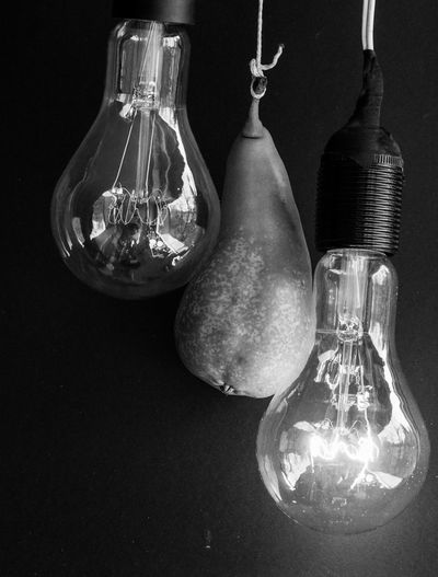 Birne, Lamp, Bulb, Elertische Lampe, Glühlampe, Lampenwendel, Wolframdraht Black And Whote Black Background Close-up Day Electricity  Fruit Glass - Material Indoors  Light Bulb Pear Studio Shot In A Row The Still Life Photographer - 2018 EyeEm Awards