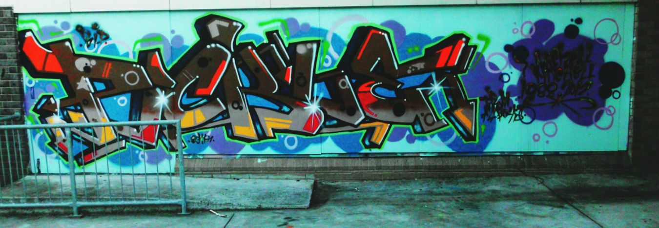 This is no longer here. Walking Around Graffiti Streetart