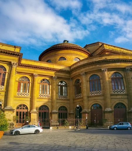 Teatro Massimo Palermo Sicily Italy Travel Photography Travel Voyage Traveling Mobile Photography Fine Art Neoclassical Architecture Theatres  Golden Light Sky And Clouds Cars Giallo A Palermo Tutti I Particolari In Cronaca Palermo Mellow Yellow