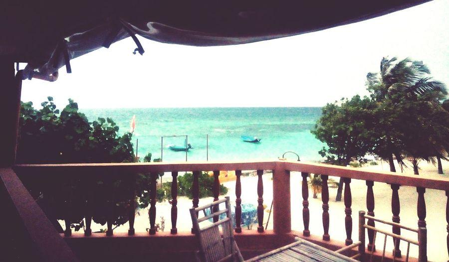 Wind of Change ... Maafushi Island Maldives Blue Ocean View Green Water