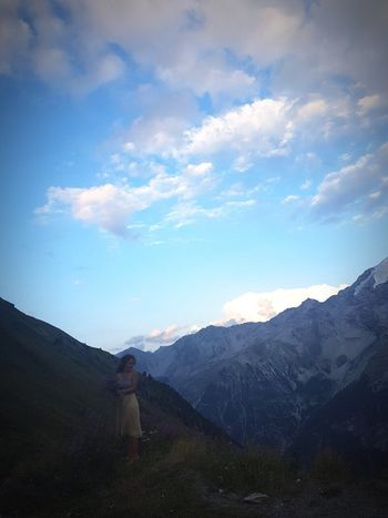 Lost In The Landscape Throughthemountains Italytrip Flowers Cloud - Sky One Person Mountain Outdoors Landscape Women Beauty In Nature Freezing
