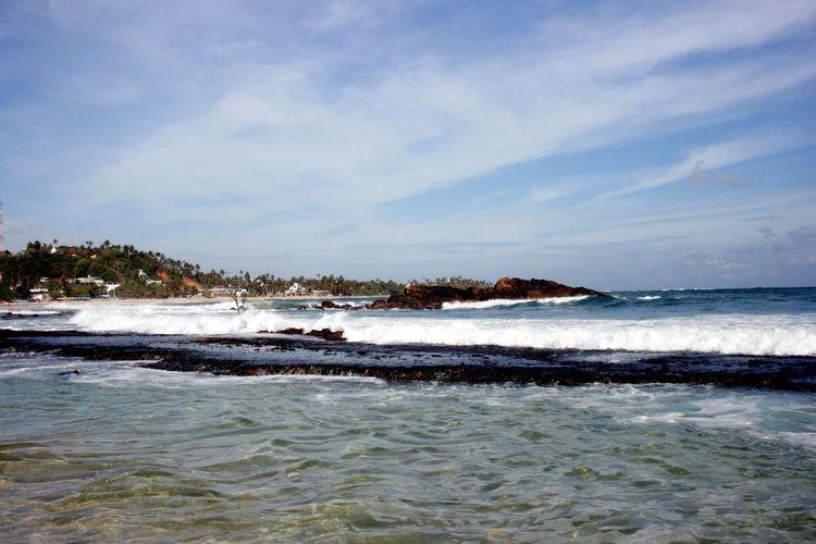 Ocean Sea Sri Lanka ASIA NoEditNoFilter Nature Relaxing Waves Water Sea Wave Beach Sunset Sand Blue Summer Sky Horizon Over Water Rocky Coastline Coastline Surf Seascape Coastal Feature Calm Ocean Headland Coast Shore Crashing Swimming
