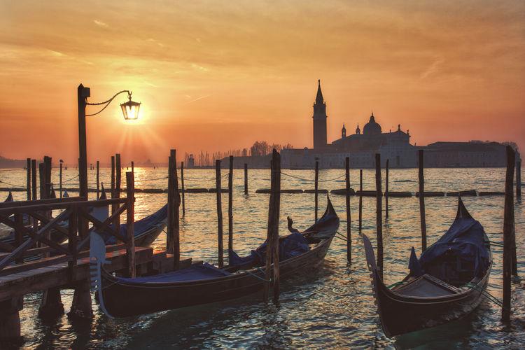 The light Gondola Orange Orange Sky Travel Venezia Venice, Italy Boat Gondola - Traditional Boat Italy Orange Color Sun Sunrise Travel Destinations Venice Water