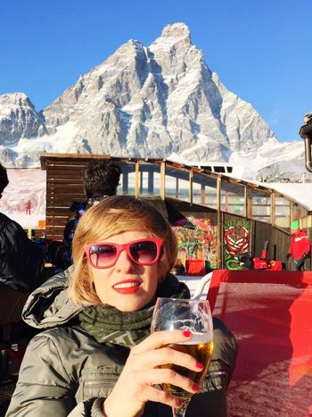 MonteBianco Montebianco Winter Relaxing Beer Relaxing Moments Altitude Feel The Journey Love Travel Photography Skiing Richpeople Happy Smile