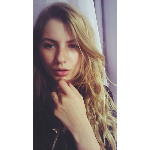 Me Blonde Likeforlike Insatalike followme kiss instagood