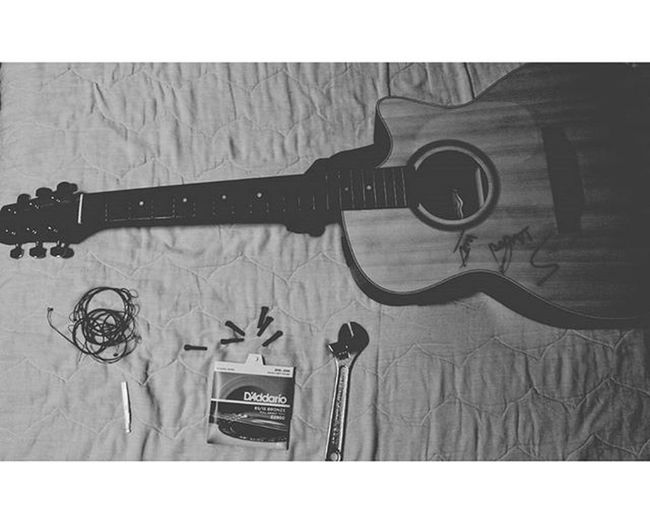 New strings in the past 6 months. 555555 Gn. Manticbysaga Guitar Acoustic Daddario Stringguitar ArmWatcharapong