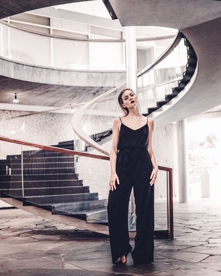 Simplicity Blond Hair Pforzheim Fashion Fashion Model Design Wendeltreppe Fashion Architecture And Art One Person Full Length Adult Women Portrait Looking At Camera Beautiful Woman