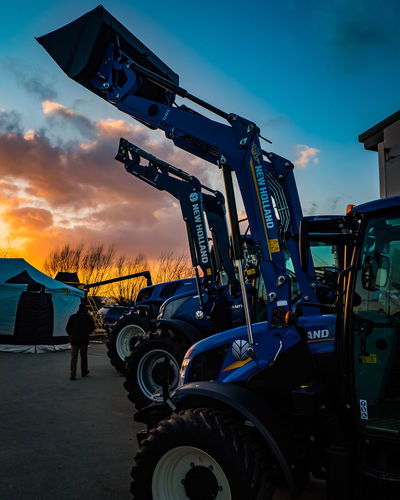 Nhtractor Farminglife Newhollandpower Newhollandagricuture Newhollandtractor Farmer Sunsethunter Sunsetphotography Openday Sunset NewHolland Sky Newhollandagriculture Sunsetporn Newhollandag Sunsets Newhollandagri Ig Tractor Sunsetlovers Newhollandagricolture Openday2018 Nature Agriculture Sunsetsniper Farmlife Sunsetsky Expo2015 Skyporn Farming
