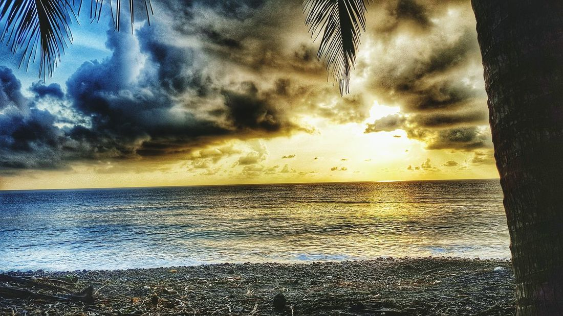 Light vs. Dark (samsung s6 shot) Sea Horizon Over Water Water Scenics Tranquil Scene Beauty In Nature Tranquility Sunset Idyllic Reflection Sky Cloud - Sky Seascape Sun Awe Nature Rippled Sunbeam Cloud Majestic Power In Nature Rock Remote Tourism Full Frame