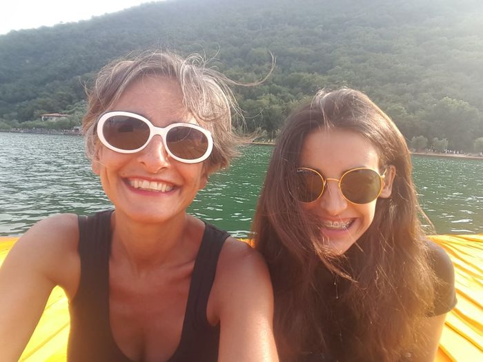 Mother & Daughter Iseo Lake FloatingPiers Christo Selfie ;)